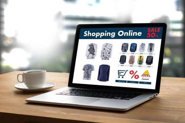 Изработка на онлайн магазин Онлайн магазина е чудесен источник на доходи със безброй предимства. Всекидневно онлайн търговията расте със завидни проценти
